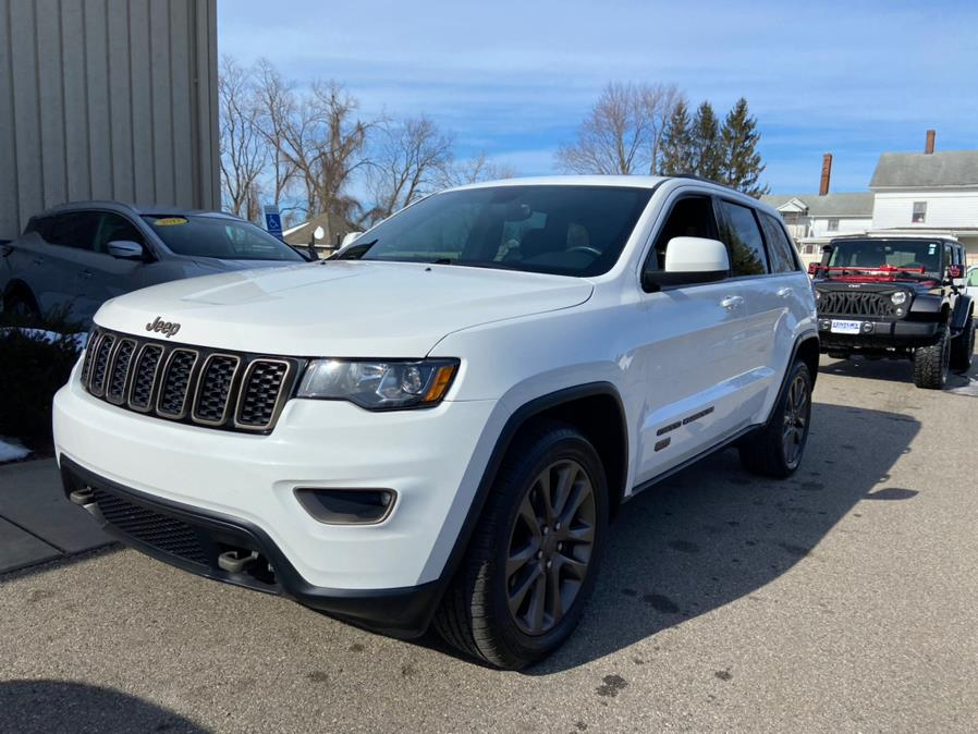 Used 2017 Jeep Grand Cherokee in East Windsor, Connecticut | Century Auto And Truck. East Windsor, Connecticut
