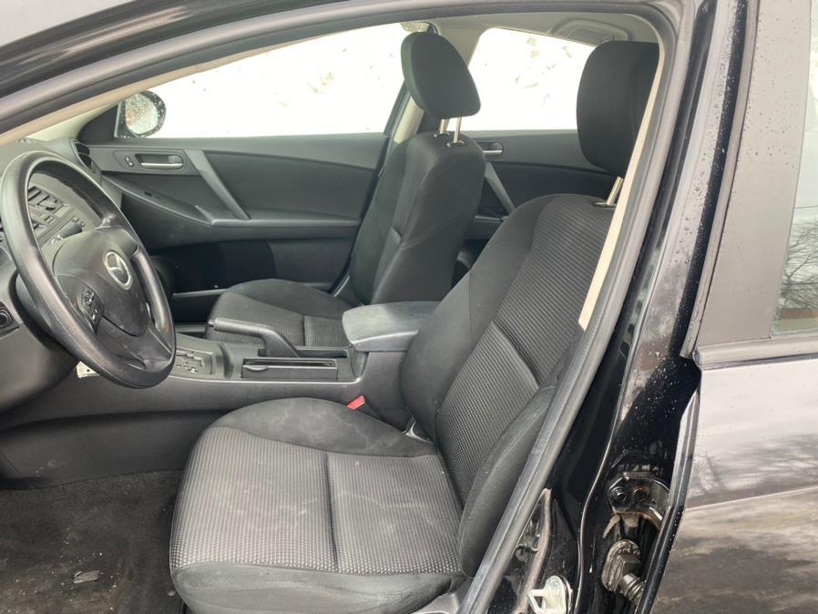 Used Mazda Mazda3 4dr Sdn Auto i Sport *Ltd Avail* 2012   Automotive Edge. Cheshire, Connecticut