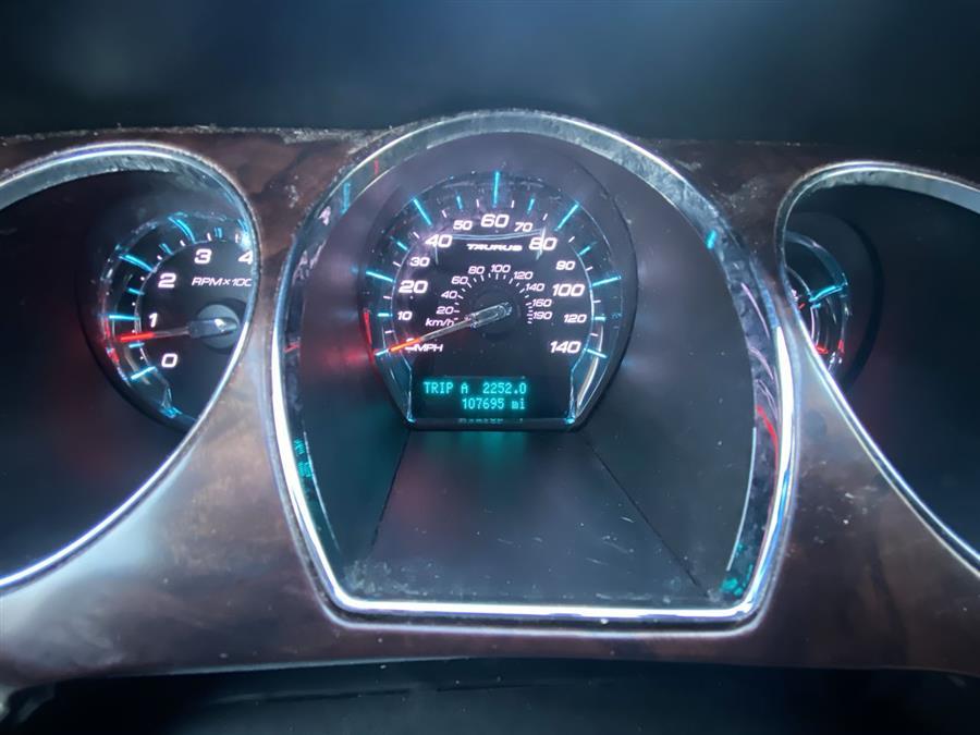 Used Ford Taurus 4dr Sdn SEL AWD 2011 | Wiz Leasing Inc. Stratford, Connecticut