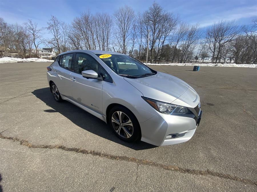 Used Nissan LEAF SL Hatchback 2018 | Wiz Leasing Inc. Stratford, Connecticut