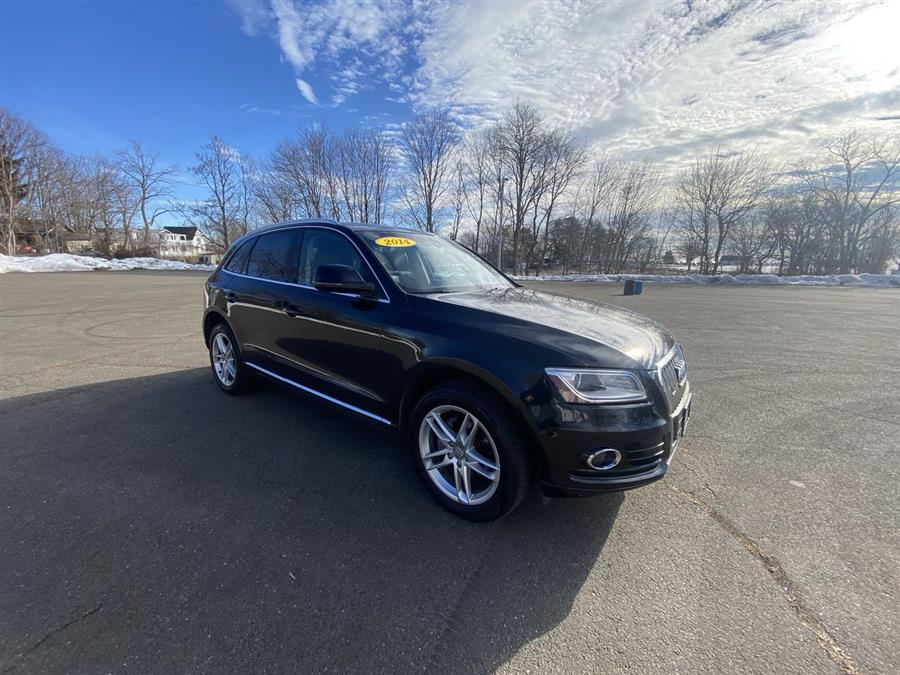 Used 2014 Audi Q5 in Stratford, Connecticut | Wiz Leasing Inc. Stratford, Connecticut
