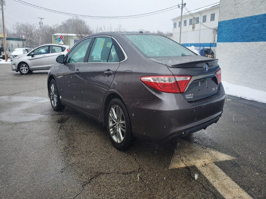 Used Toyota Camry Hybrid 4dr Sdn SE (Natl) 2015 | Capital Lease and Finance. Brockton, Massachusetts
