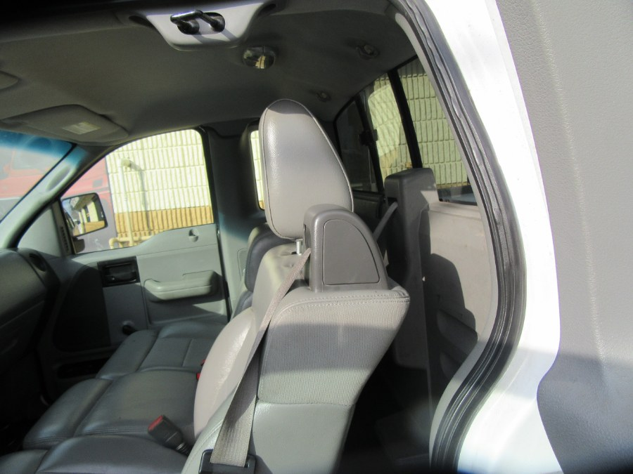 """Used Ford F-150 4WD Reg Cab 145"""" XL 2007   Royalty Auto Sales. Little Ferry, New Jersey"""