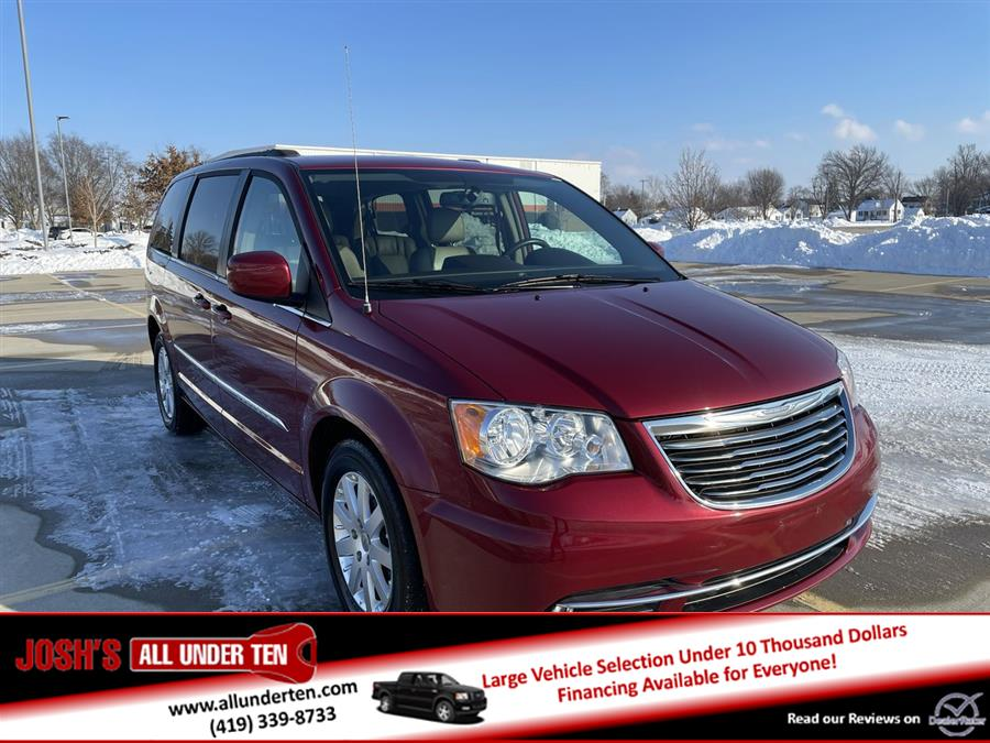 Used 2016 Chrysler Town & Country in Elida, Ohio | Josh's All Under Ten LLC. Elida, Ohio