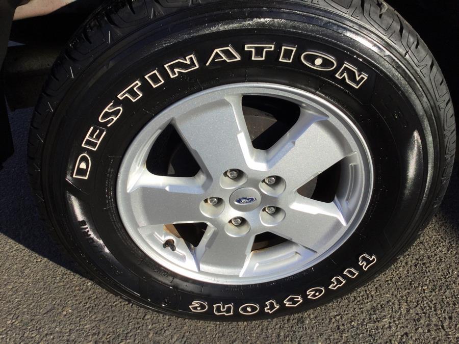 Used Ford Escape 4WD 4dr XLT 2012 | L&S Automotive LLC. Plantsville, Connecticut