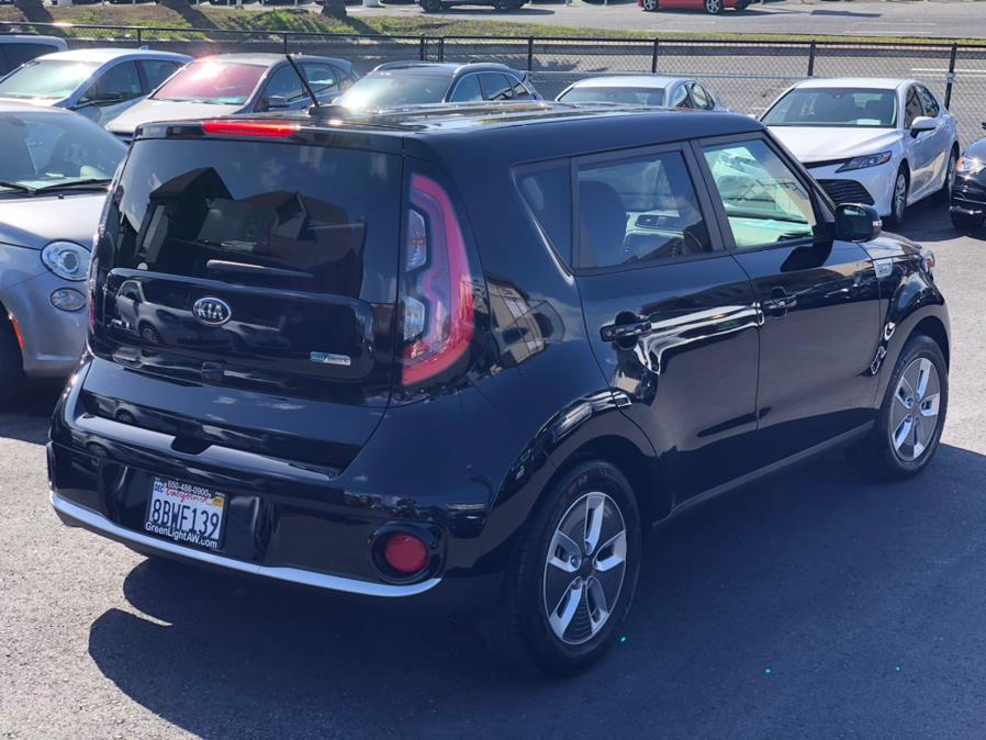 Used Kia Soul EV EV 2017 | Green Light Auto Wholesale. Daly City, California