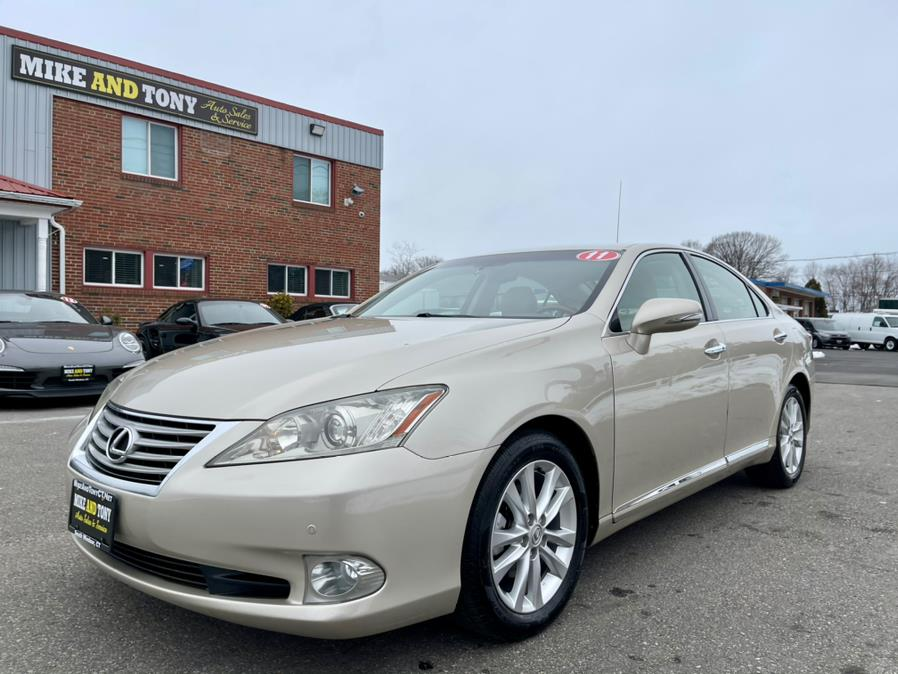Used Lexus ES 350 4dr Sdn 2011 | Mike And Tony Auto Sales, Inc. South Windsor, Connecticut