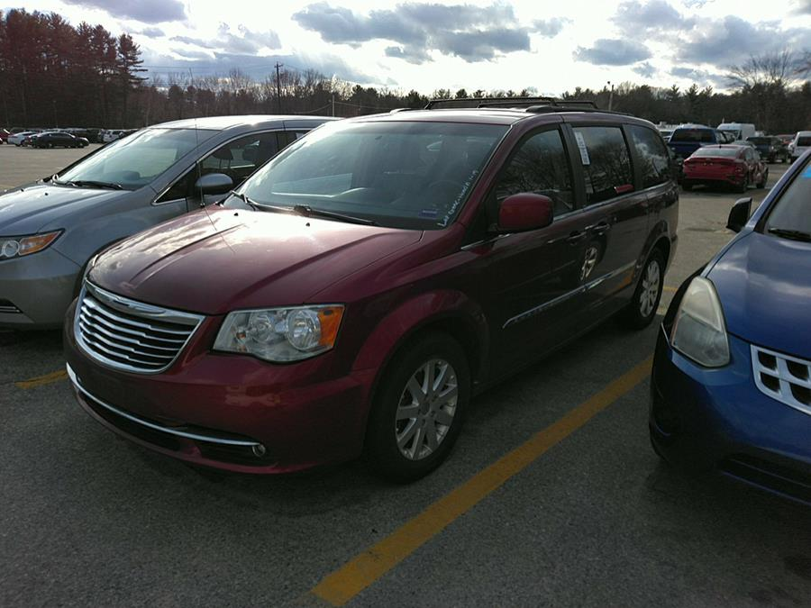Used 2014 Chrysler Town & Country in Brooklyn, New York | Atlantic Used Car Sales. Brooklyn, New York