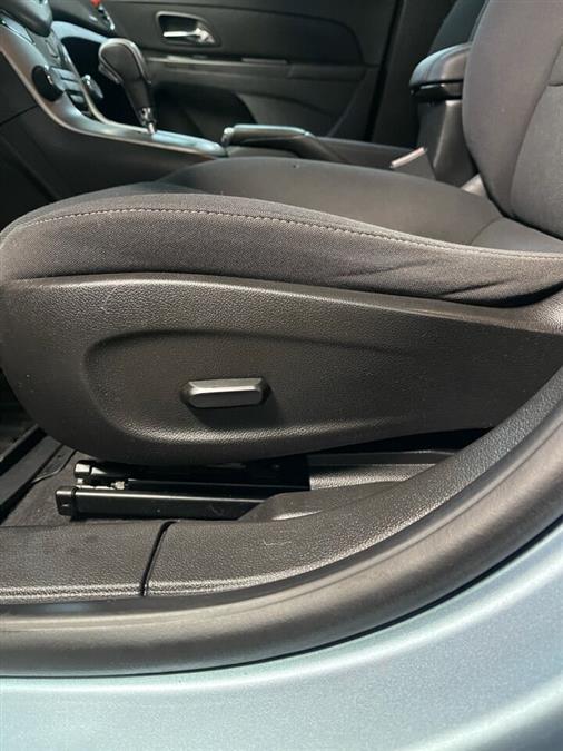 Used Chevrolet Cruze LT 4dr Sedan w/1LT 2012 | Mass Auto Exchange. Framingham, Massachusetts