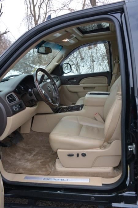 "Used GMC Sierra 1500 AWD Crew Cab 143.5"" Denali 2013 | New Beginning Auto Service Inc . Ashland , Massachusetts"