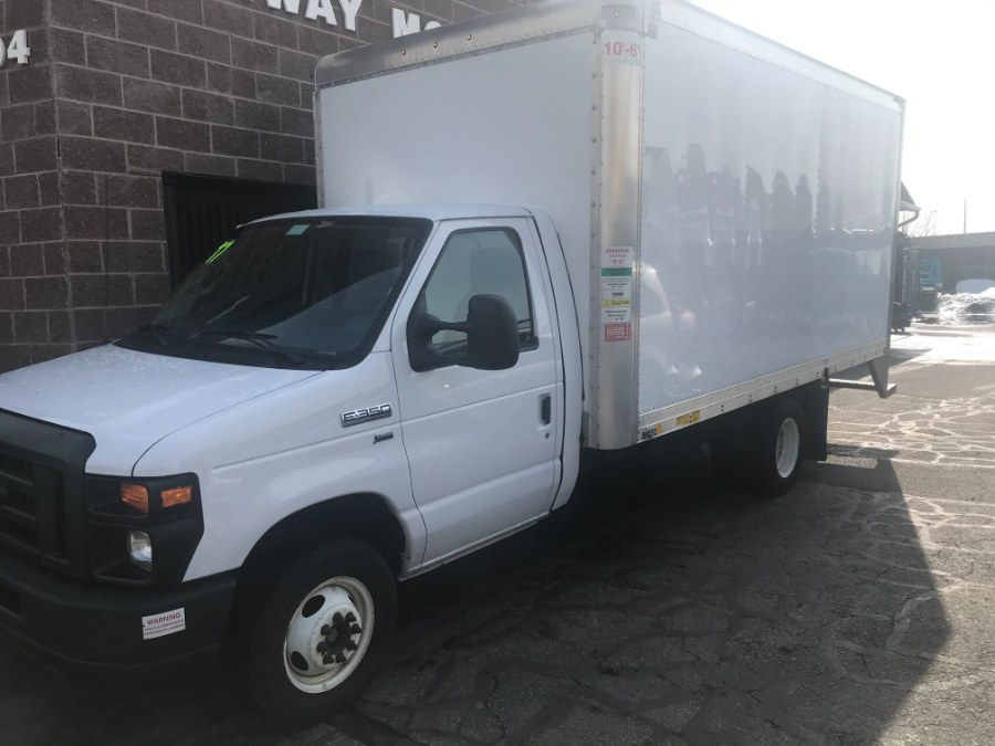 "Used Ford E-Series Cutaway E-350 DRW 176"" WB 2017 