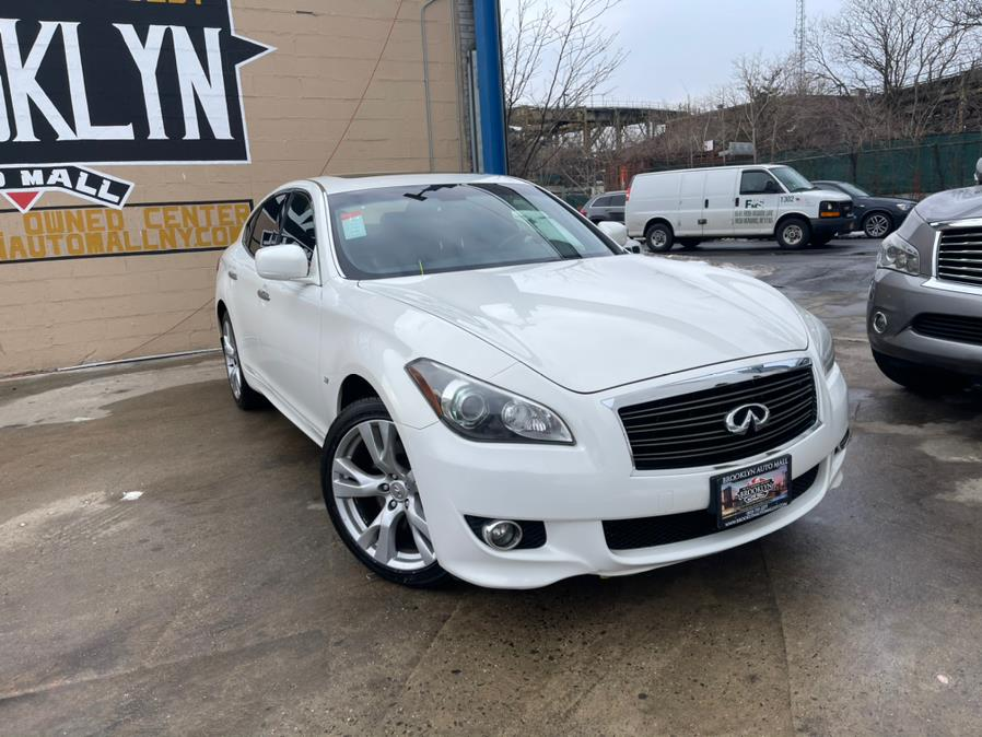 Used 2014 INFINITI Q70 s in Brooklyn, New York | Brooklyn Auto Mall LLC. Brooklyn, New York