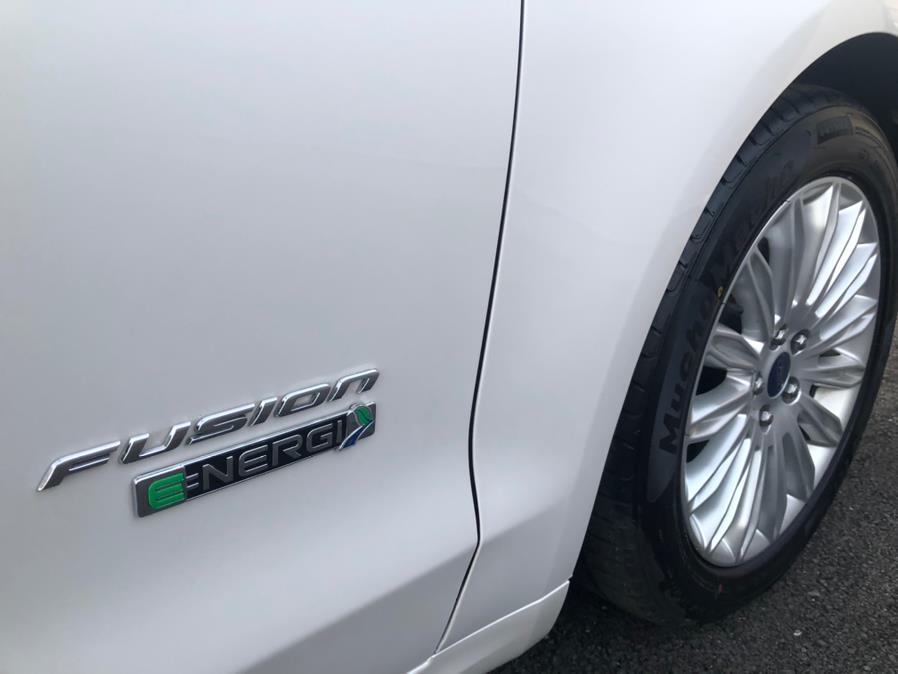 Used Ford Fusion Energi SE Luxury 2016 | Green Light Auto Wholesale. Daly City, California