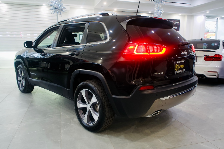 Used Jeep Cherokee Limited 4x4 2019   C Rich Cars. Franklin Square, New York
