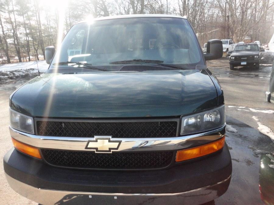 "Used Chevrolet Express Passenger RWD 3500 155"" LT w/1LT 2014 | International Motorcars llc. Berlin, Connecticut"