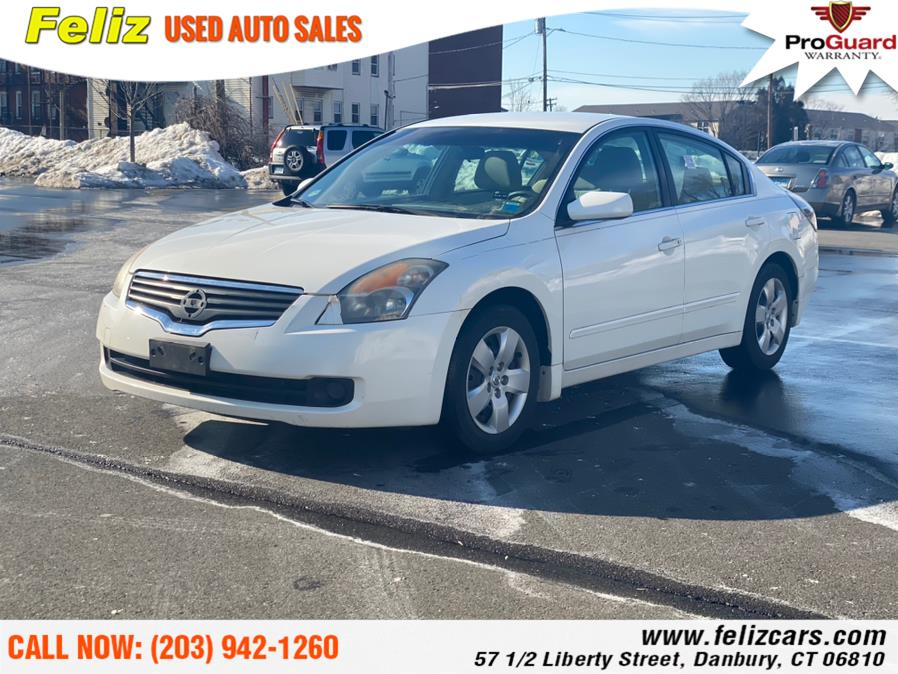 Used 2008 Nissan Altima in Danbury, Connecticut | Feliz Used Auto Sales. Danbury, Connecticut