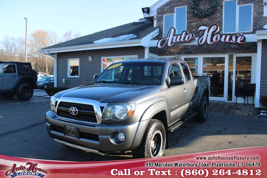 Used 2011 Toyota Tacoma in Plantsville, Connecticut | Auto House of Luxury. Plantsville, Connecticut