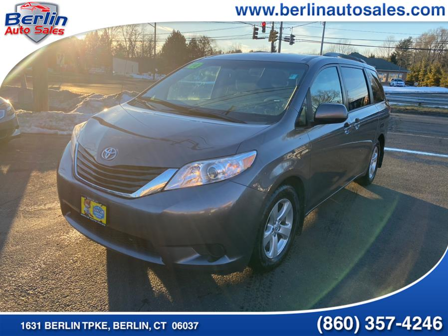Used 2014 Toyota Sienna in Berlin, Connecticut | Berlin Auto Sales LLC. Berlin, Connecticut