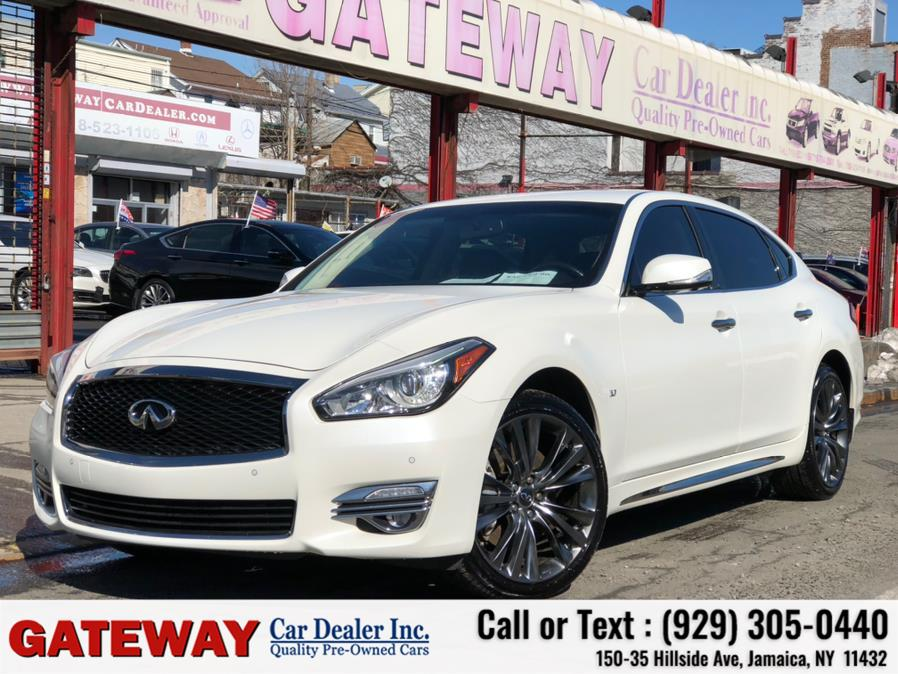 Used 2017 INFINITI Q70L in Jamaica, New York | Gateway Car Dealer Inc. Jamaica, New York