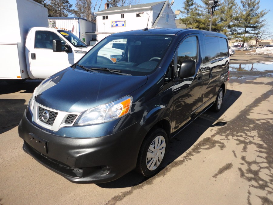 Used 2016 Nissan cargo liftgate NV200 in Berlin, Connecticut | International Motorcars llc. Berlin, Connecticut