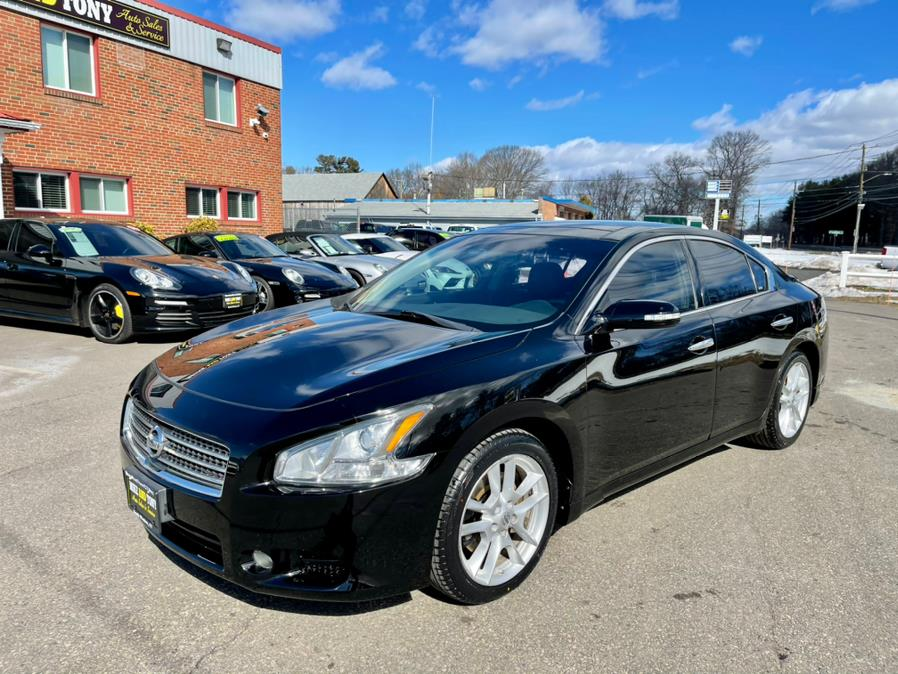 Used Nissan Maxima 4dr Sdn V6 CVT 3.5 S 2010 | Mike And Tony Auto Sales, Inc. South Windsor, Connecticut