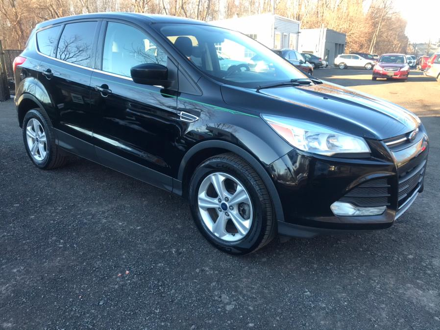 Used Ford Escape 4WD 4dr SE 2016 | Auto Drive Sales And Service. Berlin, Connecticut