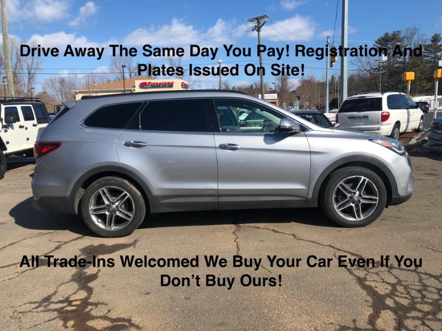 Used 2017 Hyundai Santa Fe in Plainville, Connecticut | Farmington Auto Park LLC. Plainville, Connecticut