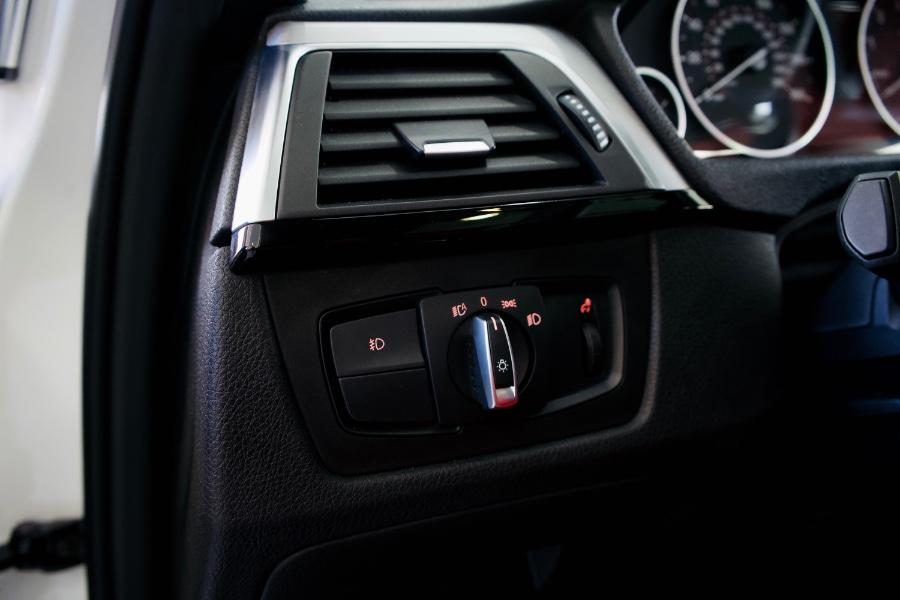 Used BMW 3 Series 330i Sedan South Africa 2018   Luxury Motor Club. Franklin Square, New York