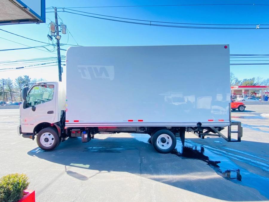 Used HINO 155 16 FEET DRY BOX + LIFT GATE + NO CDL 2017 | NJ Truck Spot. South Amboy, New Jersey