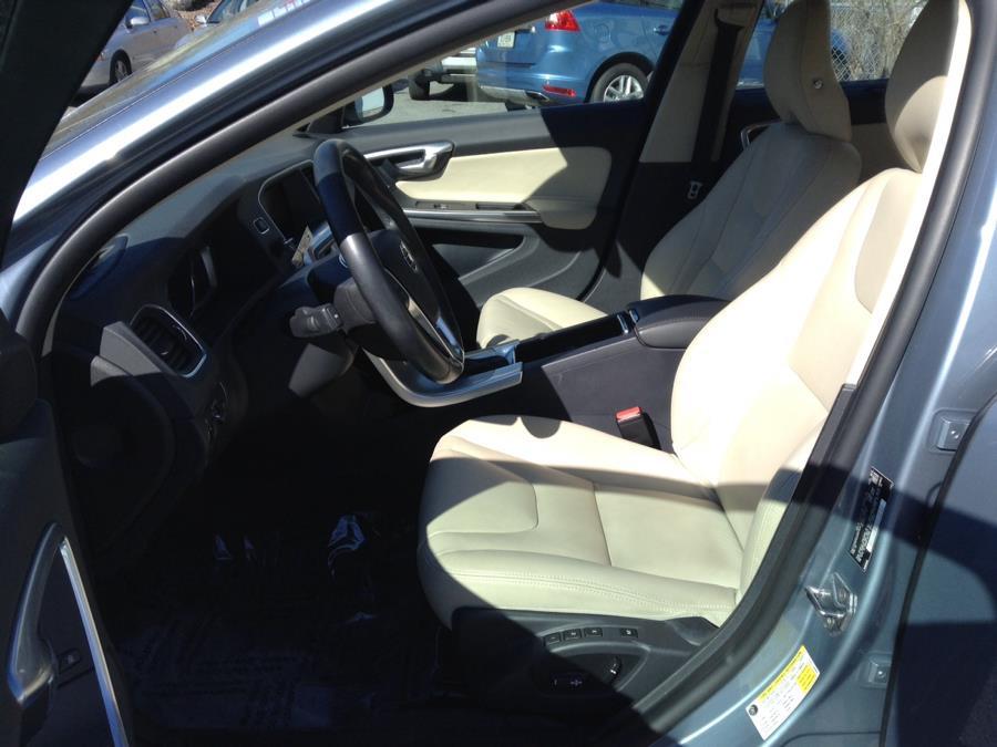 Used Volvo S60 T5 AWD Inscription 2018 | Eurocars Plus. Groton, Connecticut