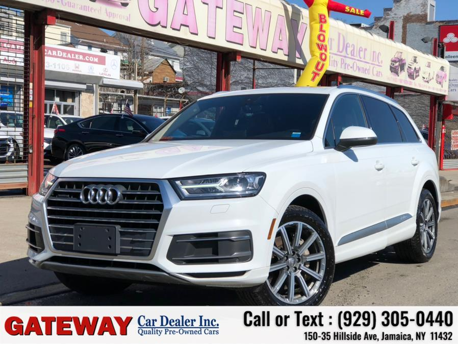 Used 2017 Audi Q7 in Jamaica, New York | Gateway Car Dealer Inc. Jamaica, New York