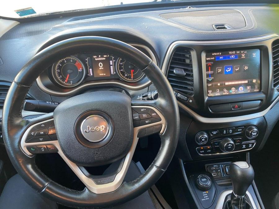 Used Jeep Cherokee 4WD 4dr Latitude 2016 | Carmatch NY. Bayshore, New York