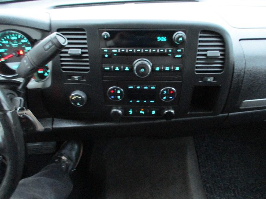 "Used Chevrolet Silverado 1500 4WD Ext Cab 143.5"" LT 2013 | Suffield Auto Sales. Suffield, Connecticut"