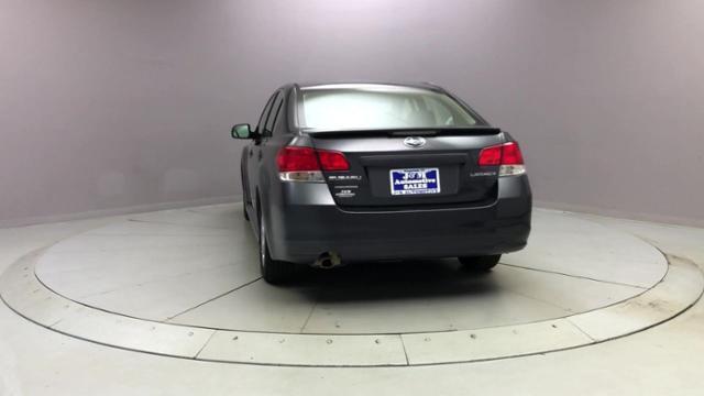 Used Subaru Legacy 4dr Sdn H4 Man 2.5i Prem All-Wthr/M 2010 | J&M Automotive Sls&Svc LLC. Naugatuck, Connecticut