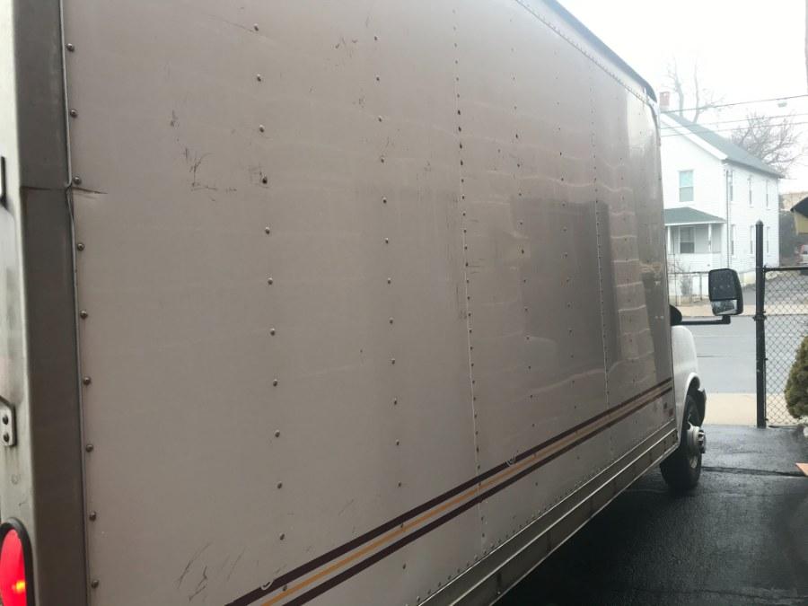 "Used Chevrolet Express Commercial Cutaway RWD 3500 139"" WB Work Van 2010 | Airway Motors. Bridgeport, Connecticut"