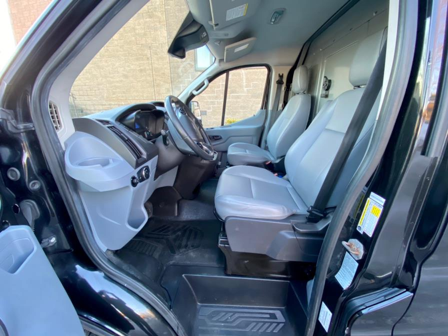 """Used Ford Transit Cargo Van T-150 130"""" Low Rf 8600 GVWR Sliding RH Dr 2015 