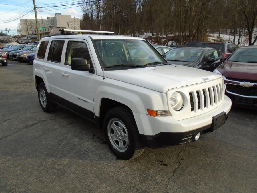 Used 2014 Jeep Patriot in Waterbury, Connecticut | Jim Juliani Motors. Waterbury, Connecticut