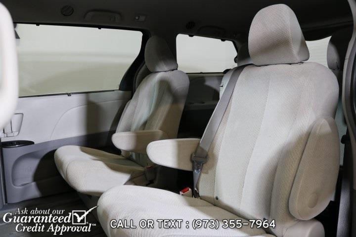 Used Toyota Sienna LE 2011 | City Motor Group Inc.. Haskell, New Jersey