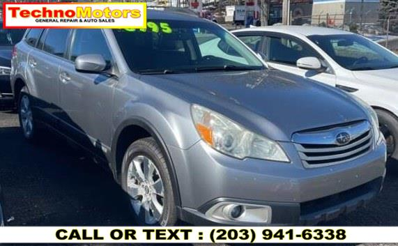 Used 2010 Subaru Outback in Danbury , Connecticut | Techno Motors . Danbury , Connecticut