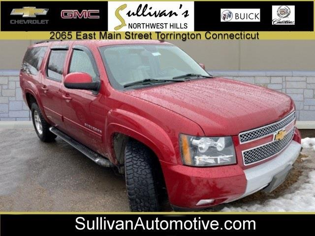 Used 2014 Chevrolet Suburban 1500 in Avon, Connecticut | Sullivan Automotive Group. Avon, Connecticut
