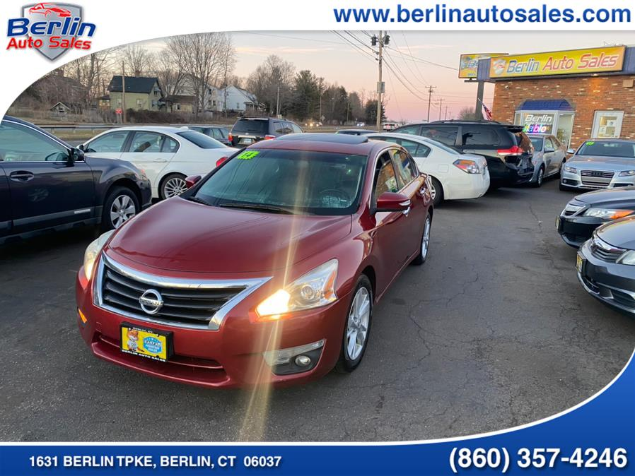 Used 2014 Nissan Altima in Berlin, Connecticut | Berlin Auto Sales LLC. Berlin, Connecticut