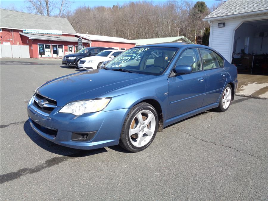 Used Subaru Legacy 4dr H4 Man 2008 | Country Auto Sales. Southwick, Massachusetts