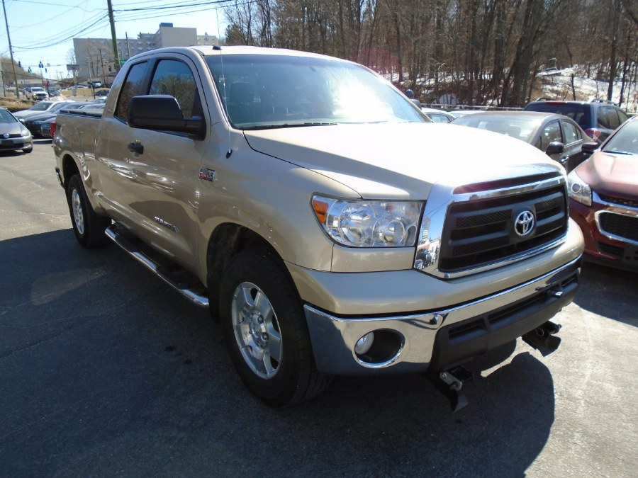 Used 2010 Toyota Tundra 4WD Truck in Waterbury, Connecticut | Jim Juliani Motors. Waterbury, Connecticut