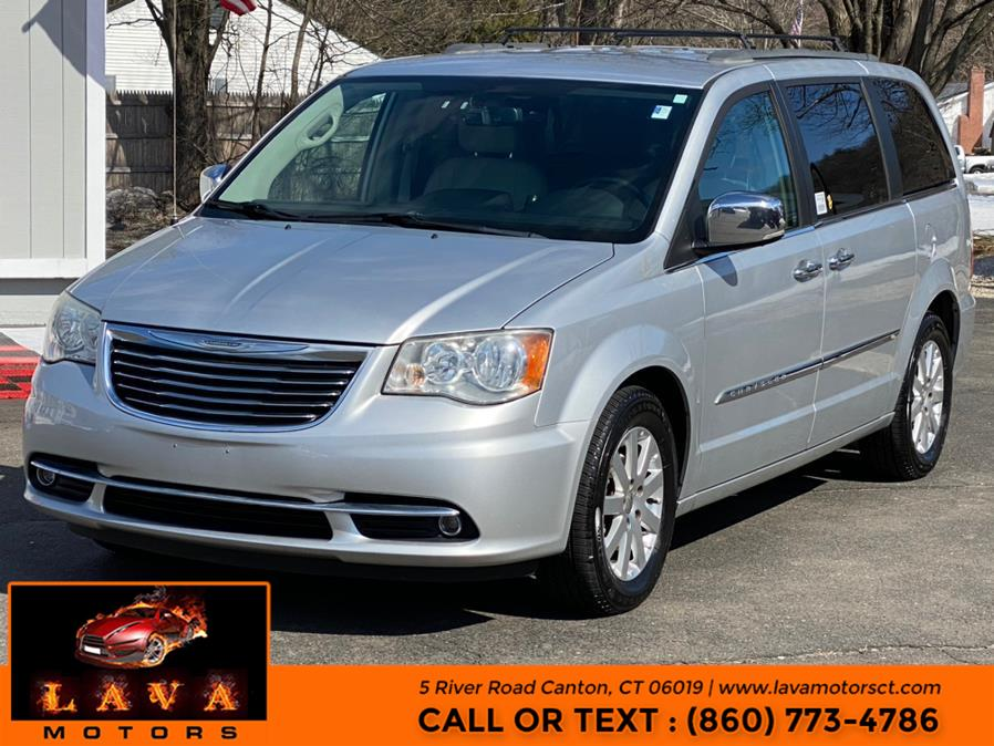 Used Chrysler Town & Country 4dr Wgn Touring-L 2011 | Lava Motors. Canton, Connecticut