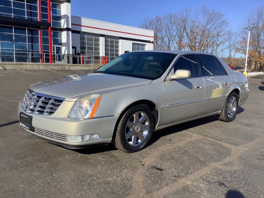 Used 2007 Cadillac DTS in Ortonville, Michigan | Marsh Auto Sales LLC. Ortonville, Michigan