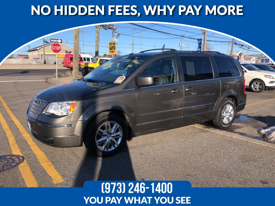 Used Chrysler Town & Country 4dr Wgn Touring 2010 | Route 46 Auto Sales Inc. Lodi, New Jersey