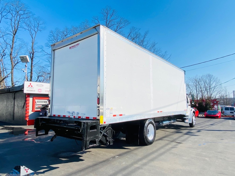 Used Freightliner M2 106 26 FEET DRY BOX + LIFT GATE + NO CDL 2016   NJ Truck Spot. South Amboy, New Jersey