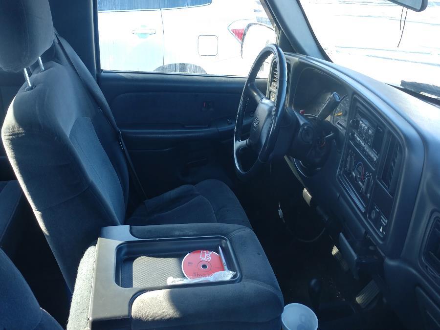 "Used Chevrolet Silverado 2500HD Ext Cab 157.5"" WB 4WD LS 2001 | Matts Auto Mall LLC. Chicopee, Massachusetts"