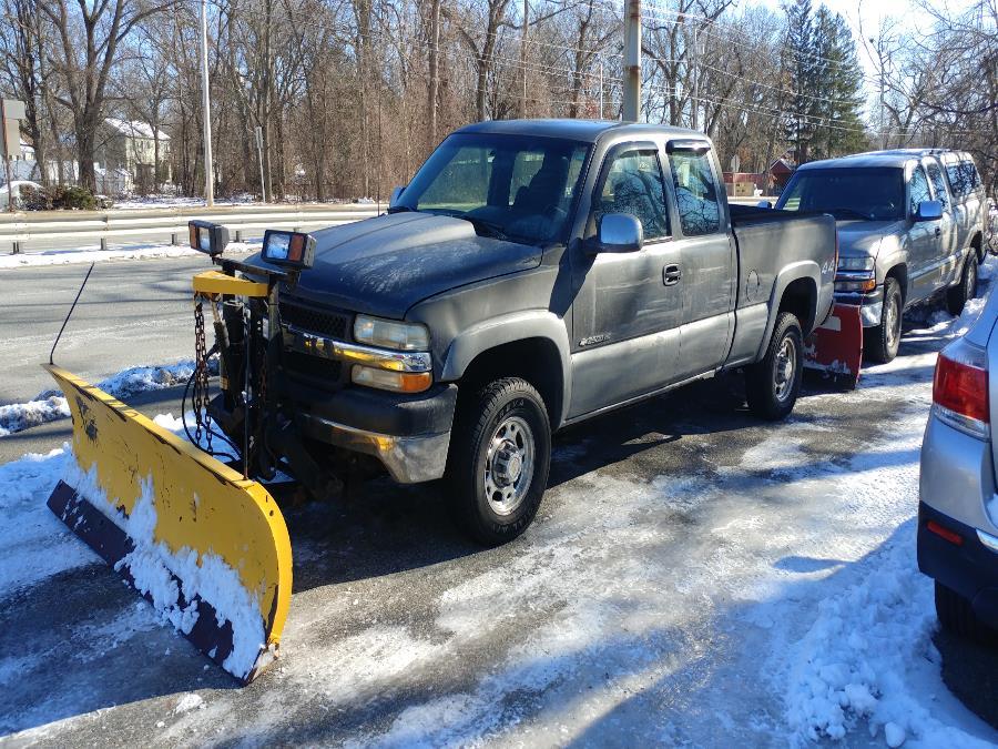 Used 2001 Chevrolet Silverado 2500HD in Chicopee, Massachusetts | Matts Auto Mall LLC. Chicopee, Massachusetts