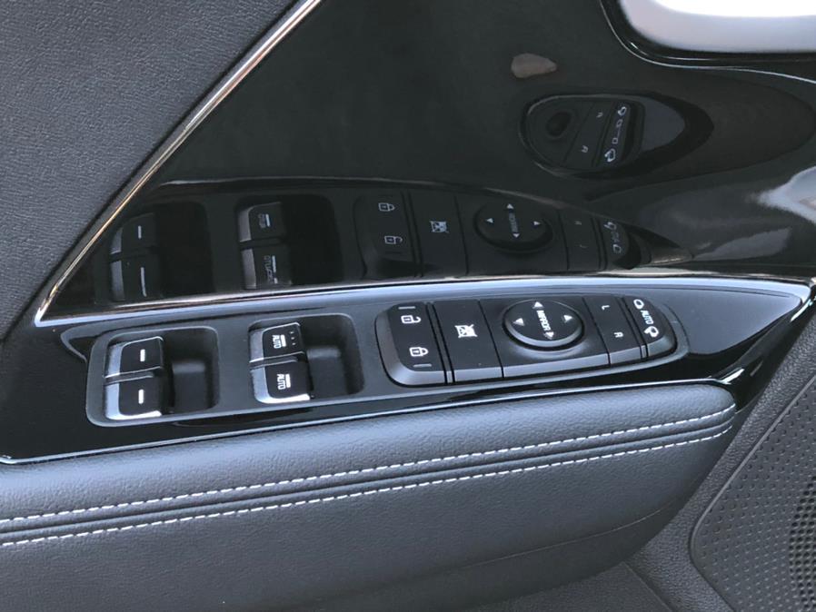 Used Kia Niro Plug-In Hybrid EX 2019 | Green Light Auto Wholesale. Daly City, California